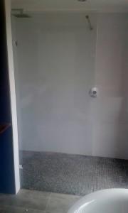 #Frameless Bathroom Screen - Maxiview